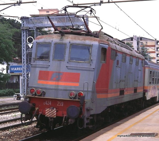 E424 in livrea Navetta